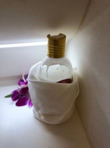 Business Class lavatory is decorated with orchid to give it a more premium feel