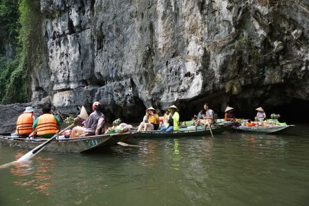 Floating market at the third cave