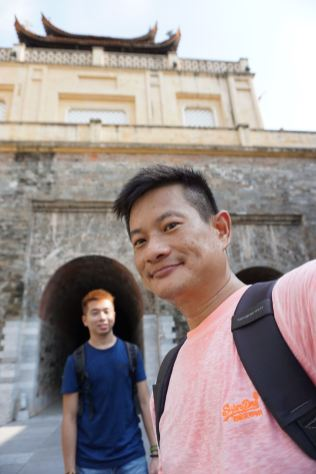 Taking a wefie behind the South Gate