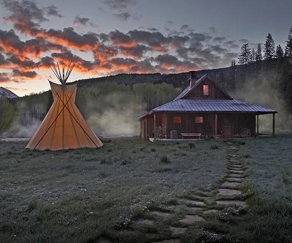 Bathhouse-at-dawn
