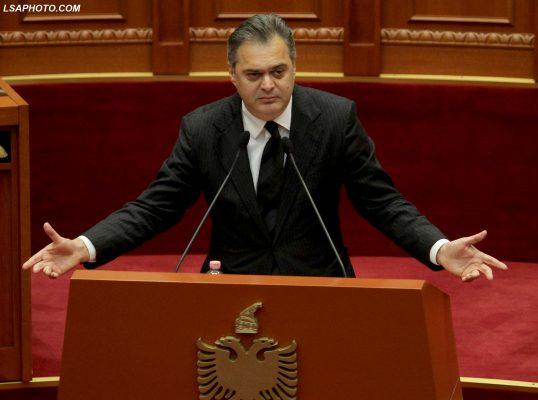 Jo vetëm opozita, një politikan i rëndësishëm i së majtës ka bojkotuar sot Kuvendin