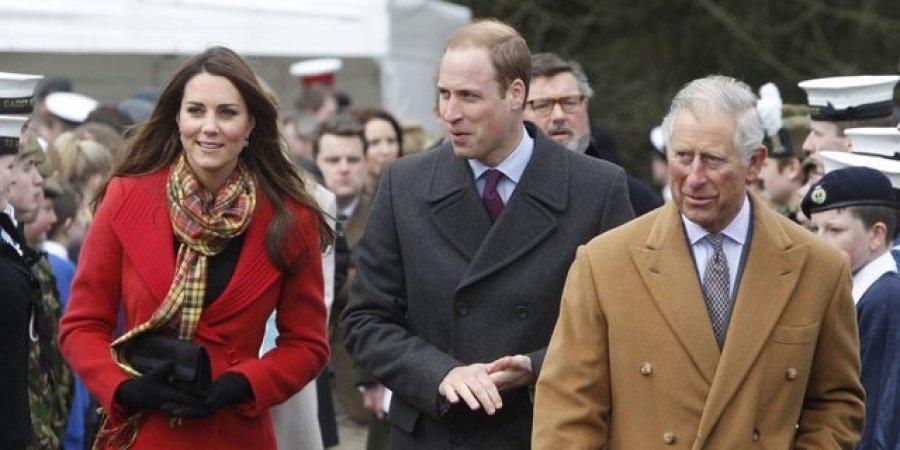 Princi Charles nuk është shumë i kënaqur me William dhe Kate, i konsideron pa shije dhe falsë