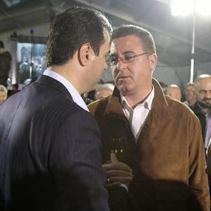 'Fshesa' e ministrave të Bashës, punësojnë 'çadristët'
