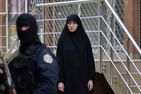 Ivanji: Në Kosovë po ndryshon identiteti nga kombëtar në fetar