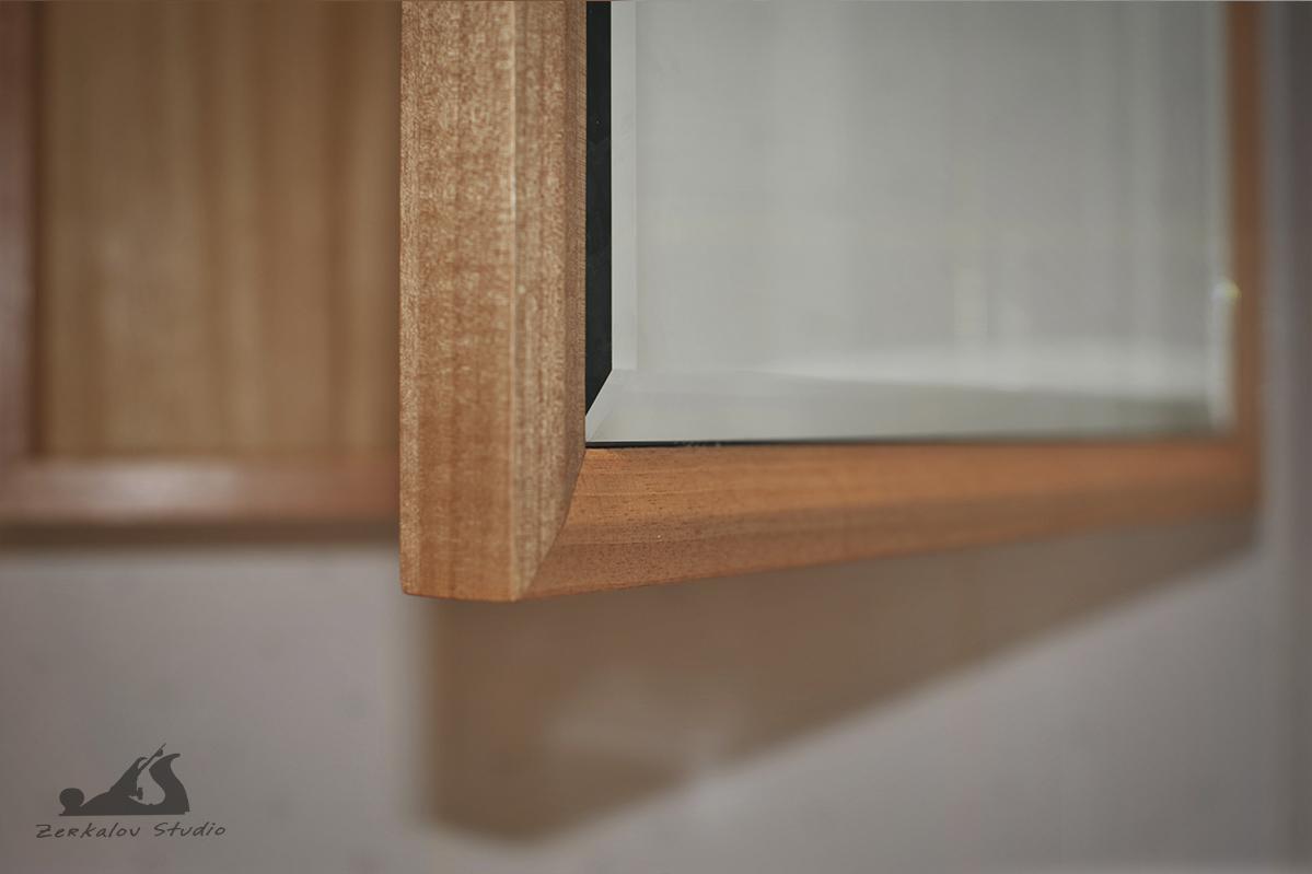 Шкаф с зеркалом для ванны