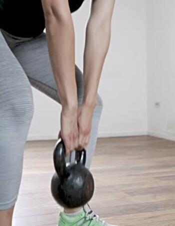 Kettlebell deadlift for weight loss