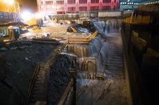 Furacão Sandy causa 11 mortes na costa leste dos Estados Unidos John Minchillo/AP