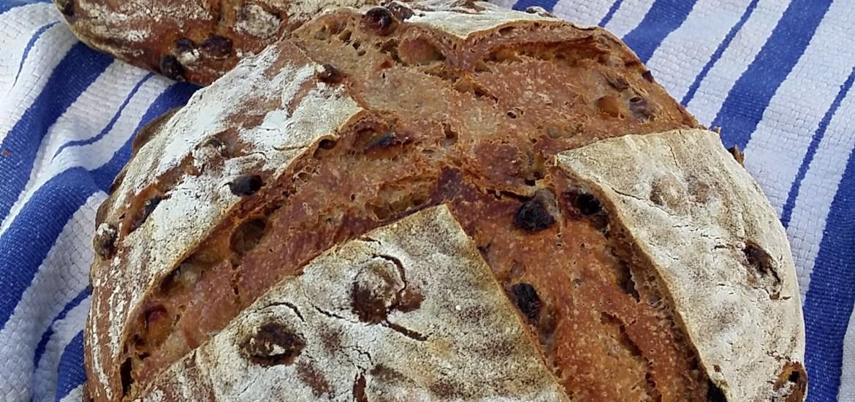 raisin sourdough bread
