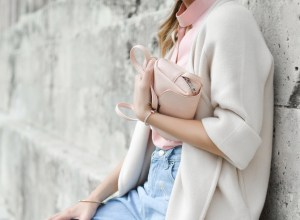 11 Evergreen Fashion Items You Should Have in Your Closet at All Times - Zerxza