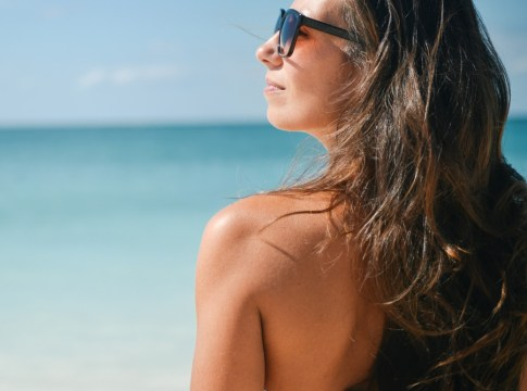 """Vitamin D Guide Everything You Need to Know About the Sunshine Vitamin"""""""