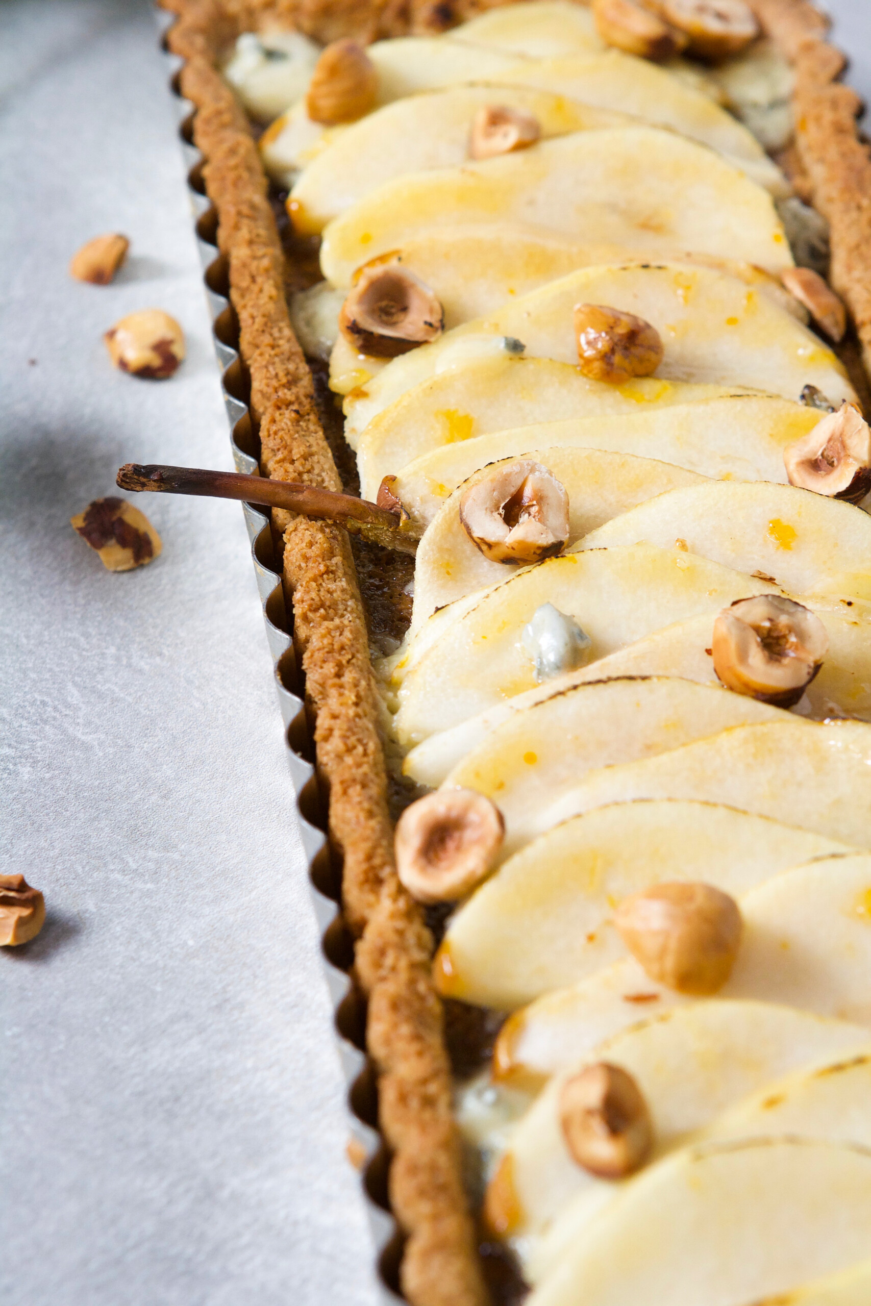 This Pear, Hazelnut and Blue Cheese Tart has everything going for it. It's nutty, lightly sweetened, and just a touch of salty, making it a perfect treat to finish off any meal. | Zestful Kitchen
