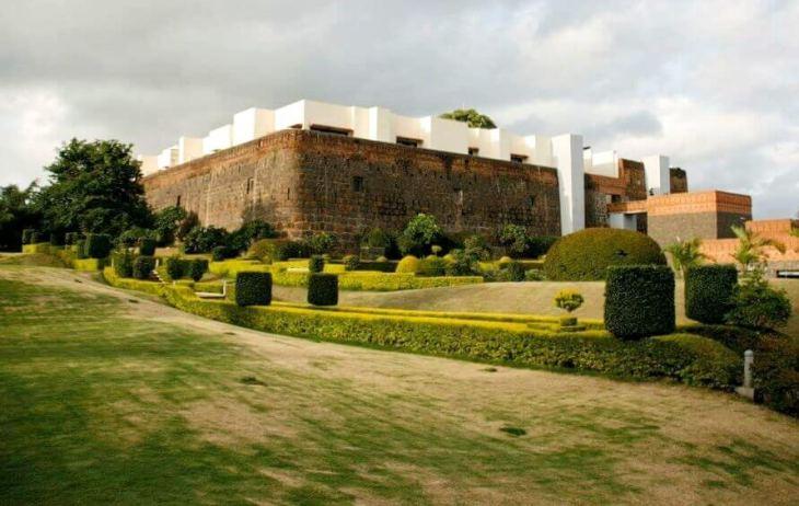 Mumbai weekend getaway: stay in a Fort