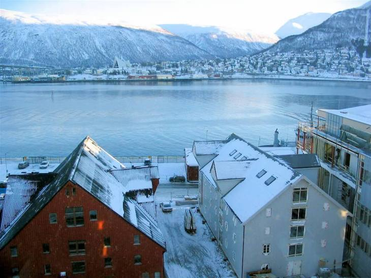 tromso northern lights tour, Winter activities in tromso, things to do in Tromso in winter, tromso with kids, dog sledding norway