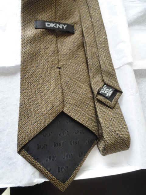 Vintage Men's DKNY Tie Geometric Diamond Pattern Brown Black Gold 100% Silk