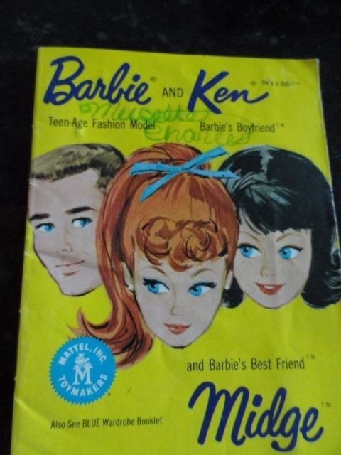 Vintage 1962  Barbie Mattel Yellow Booklet 32 Pages Good Condition