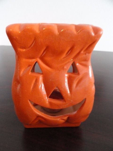 Halloween Ceramic Pumpkin Luminaries Orange 5 x 3 x 2 1/2 Set Of 5 New