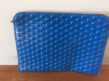 Vtg 1970's Bright Blue Dimpled Plastic Clutch Purse Handbag Zipper Ex Cond