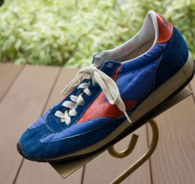 Vtg Men's BROOKS Orange Blue Running Tennis Shoe Sneaker Size 10 Leather Cloth