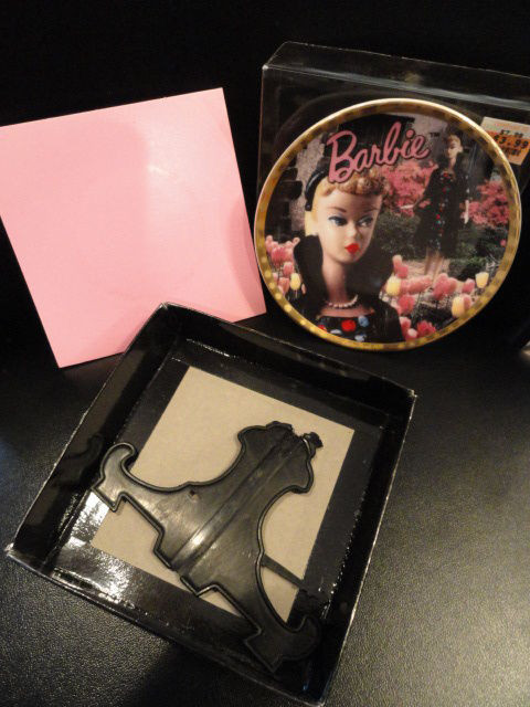 Enesco 1993 From Barbie With Love Easter Parade 1959 Mini Plate With Easel MIB