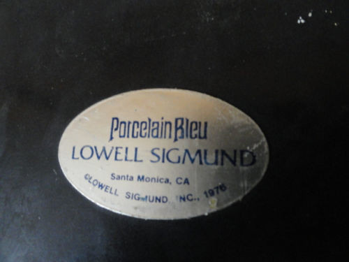 Porcelain Bleu Sign Lowell Sigmund 1976 Historical Lord Buckmouth P M Tidbury