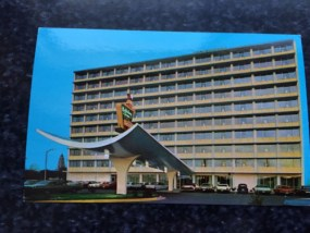 Vintage Postcard Uncirculated Unposted Holiday Inn No. 2 BELTWAY ALEXANDRIA, VA