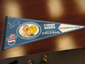 Vtg Historical Banner Pennant Lions Football & Thanksgiving A Detroit Tradition