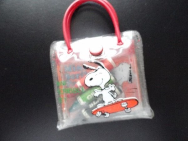Vtg 1965 Peanuts Snoopy Mini Scribble Set by Butterfly Originals  No. 129 0734