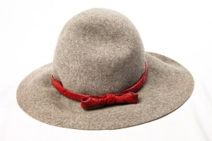 Vintage Women's By Therese Ahrens New York Church Gray Hat Red Leather Bow