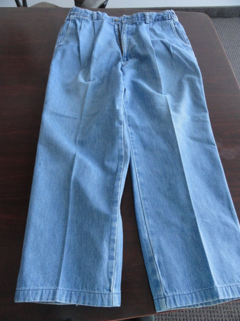Men's Haggar Blue Jeans 100% Cotton 36 x 32 Preowned Excellent Condition
