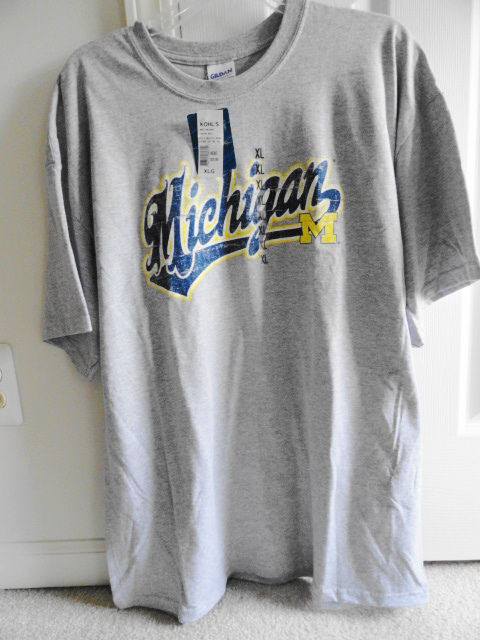 University of Michigan NCAA Men's T-Shirt NWT Officially Licensed Extra Large