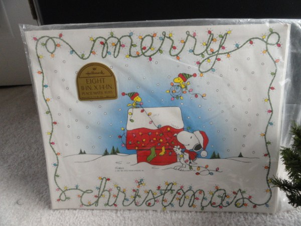 Vintage Hallmark Peanuts Charles Schulz Christmas Placemats