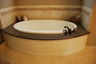 Master-Bathrooms-42
