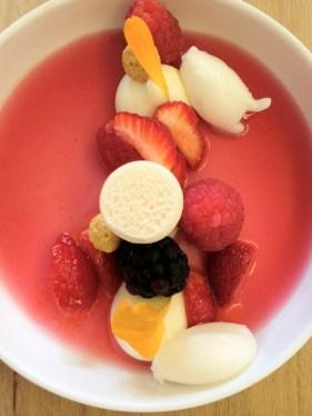 Fruits rouges : namélaka ivoir/gel tendre de fleurs Bonbon violette
