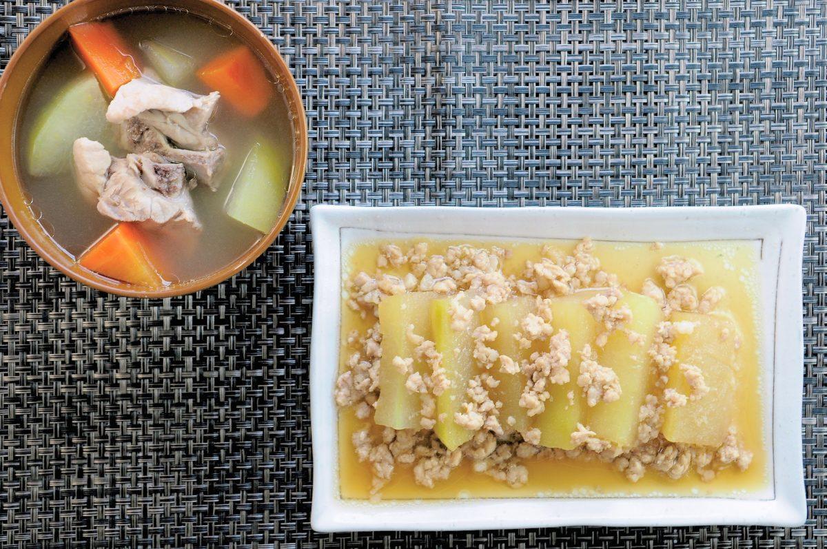 沖繩料理:冬瓜煮物 & 排骨湯(ソーキ汁)