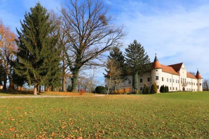 Perivoj oko dvorca Lužnica proglašen spomenikom parkovne arhitekture [FOTO]