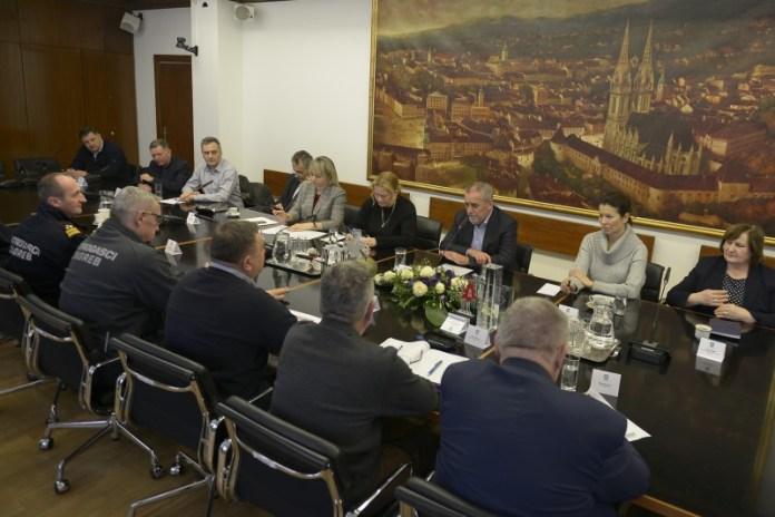 Bandić primio vatrogasce u povodu 150. obljetnice od utemeljenja vatrogastva u Zagrebu