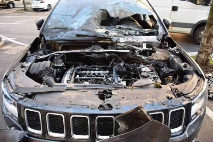 UHIĆEN 25-GODIŠNJAK: Polio Jeep zaljivom tekućinom i zapalio ga, a zatim sjeo u taxi i odvezao se