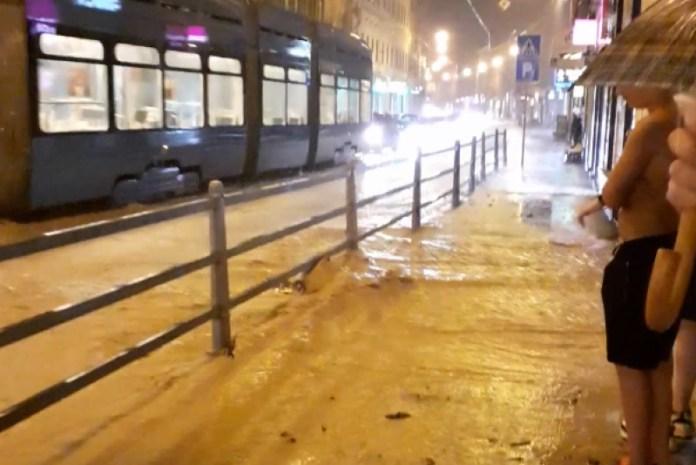 VIDEO: Nevrijeme u Zagrebu, gradskim ulicama teku prave rijeke, tramvajski promet obustavljen