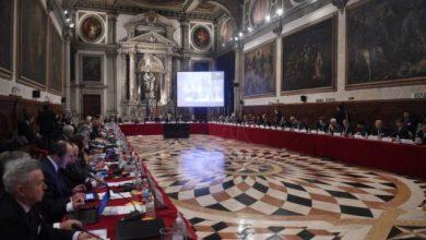 Photo of Komisioni i Venecias 'zbarkon' të martën në Tiranë