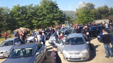 """Photo of VIDEO/ """"Mirëserdhët"""" dhe""""Mirupafshim"""", Policia nuk lejon ekipin """"Crvena Zvezda"""" të hyjë në Kosovë"""