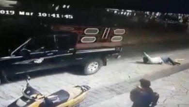 Photo of Video/ Nuk mban premtimin elektoral për ndërtimin e rrugës, kryebashkiaku ne Meksikë tërhiqet zvarrë