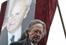 """Photo of Reagon Akademia suedeze pas """"Nobelit"""" për shkrimtarin që mbrojti Millosheviçin: S'merremi me qëndrimet politike"""