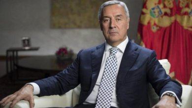 Photo of Presidenti malazez sfidon Serbinë, firmos ligjin mbi fenë!