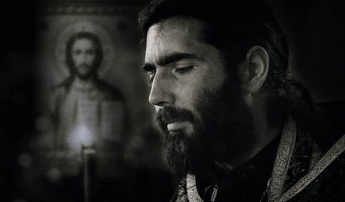 Сильная молитва для успокоения души. Молитва для успокоения души от неразделенной любви