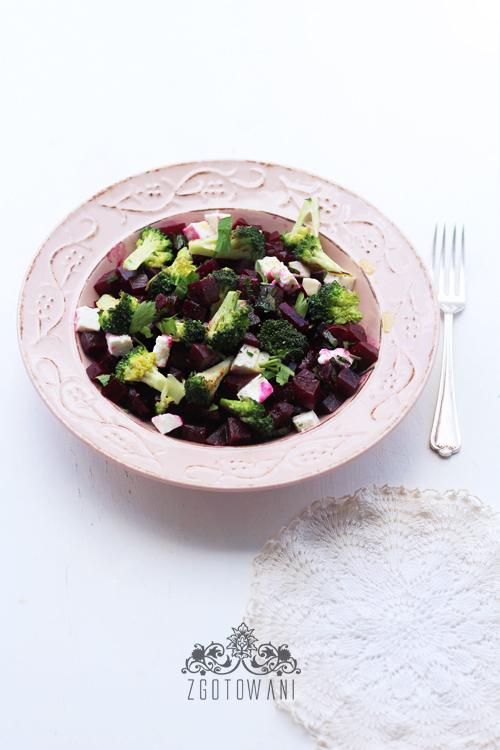 salatka-z-buraczkami-i-brokulami-6