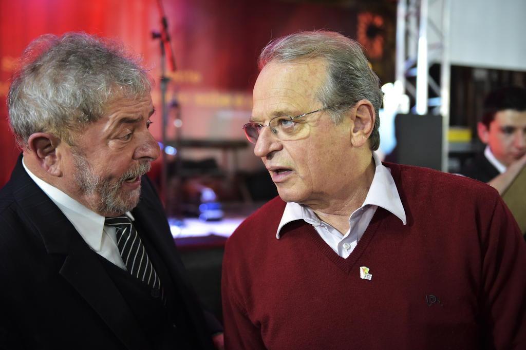 """No que depender de mim, Tarso vai ser reeleito"", diz Lula Félix Zucco/Agencia RBS"