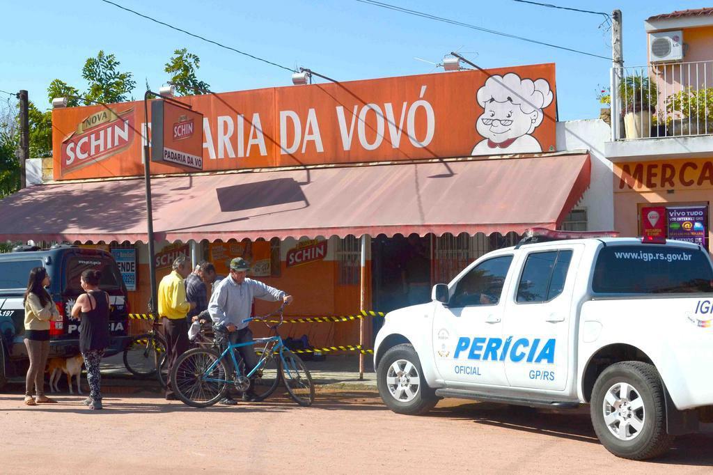 Idosa de 77 anos reage a assalto em padaria e mata jovem em São Lourenço do Sul Jornal O Lourenciano/Divulgação