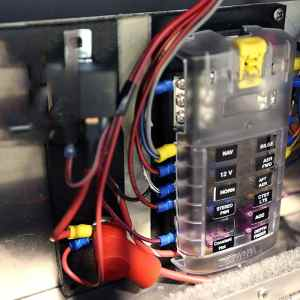 fuse block holder for Marine