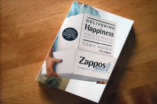 Delivering-Happiness-book
