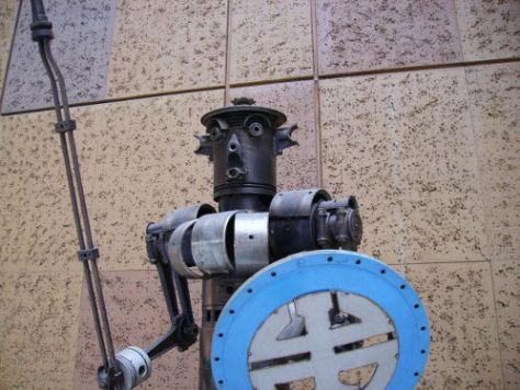 Junkbot - image from wikimedia  Creative Commons Attribution-Share Alike 3.0 Unported license